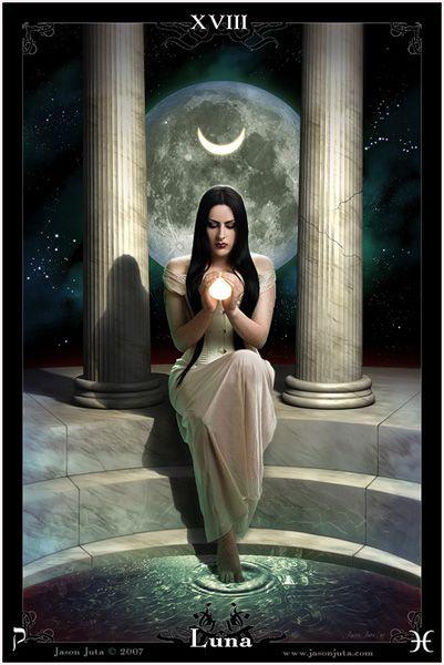 Luna - The Goddess Tarot
