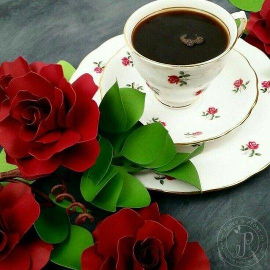 مسائي فنجان قهوة وأنت فيه قطعة السكر مسائي ورد وياسمين وأنت البستان الأخضر مسائي قلب يشتاق لك وفي حضورك يرتبك ويتبعثر مسائي جنون و Kahve Sevenler Guller Kahve