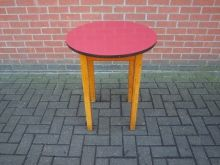 RTBR1 Round Table with 60cm Red Top   www.cityfurnitureclearance.co.uk