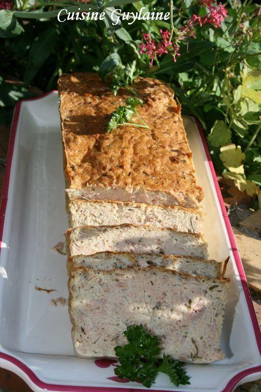Voici une recette que je fais depuis très longtemps et qui est fort appréciée à la maison. Ce pain de poisson convient aussi très bien pour un pique-nique car il se tient bien. Il a l'avantage d'être simple et rapide à préparer avec des produits que nous...