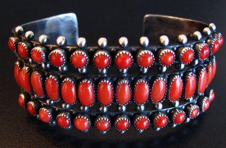 """Navajo Navajo coral row bracelet. 6""""c x 1""""g"""