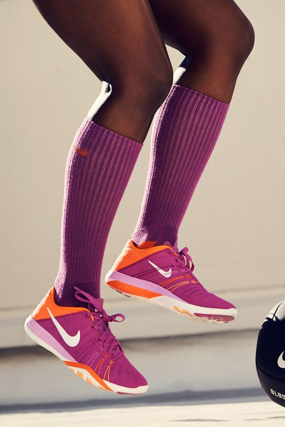 nike air max essential femme - Indoors or out? The Nike Free TR 6 Women's Training Shoe has a ...