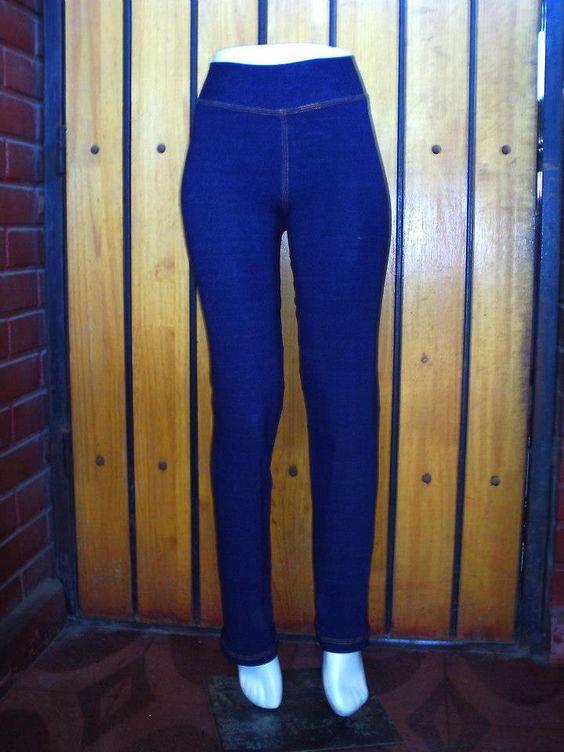 Pitillo Jeans color azul.