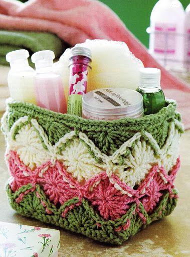 Cute basket: Gift Baskets, Crochet Baskets, Crochet Ideas, Free Pattern, Crochet Gifts, Bathroom Basket, Crochet Patterns