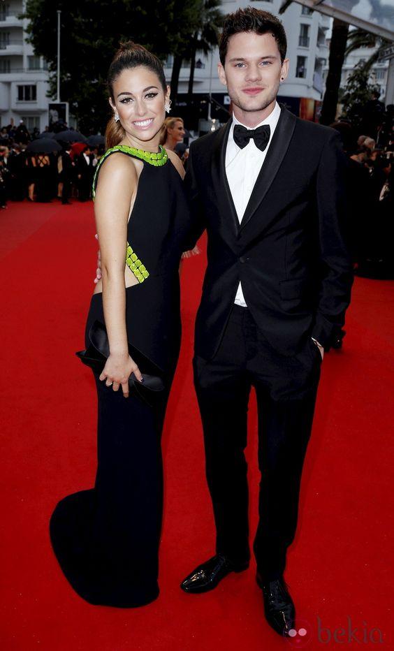 Blanca Suárez y Jeremy Irvine en la ceremonia de apertura del Festival de Cannes 2013
