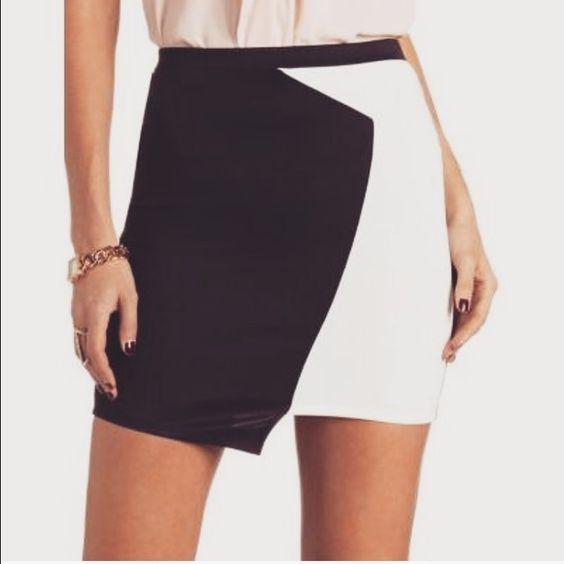 ❄SALE❄Back & white bodycon skirt NWT | Mini-saias, Charlotte ...
