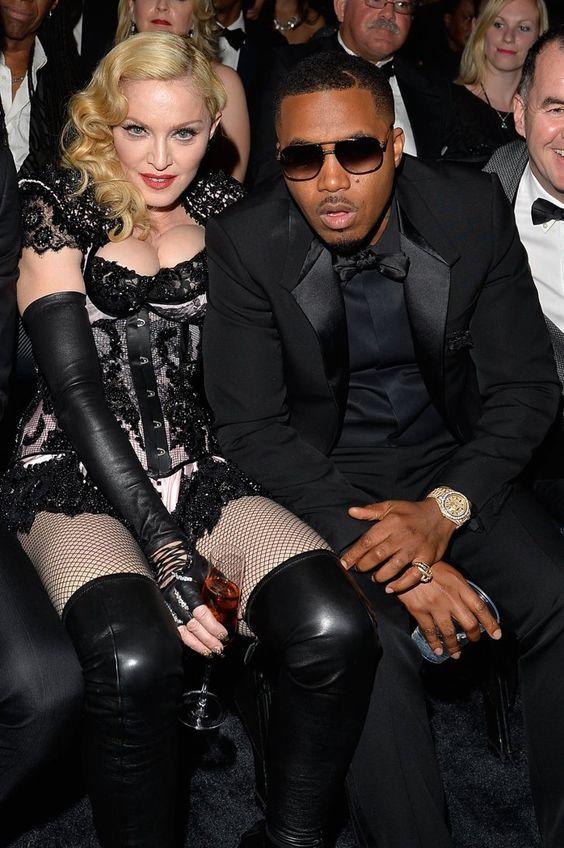 Pin for Later: Pendant Que Tout le Monde Parlait de Son Derrière, Madonna, Elle, a Passé une Bonne Soirée Madonna et Nas