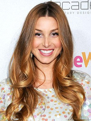 Whitney Port's honey blonde shade is perfect for summer! Get your personal haircolor recommendation here: http://www.haircolorforwomen.com/breakthrough-hair-color-system/