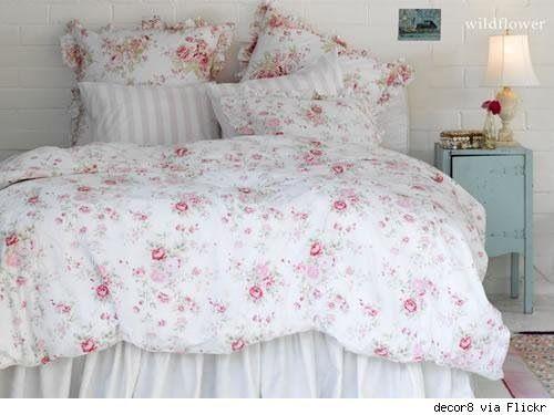 Vintage Floral Bedding = Love