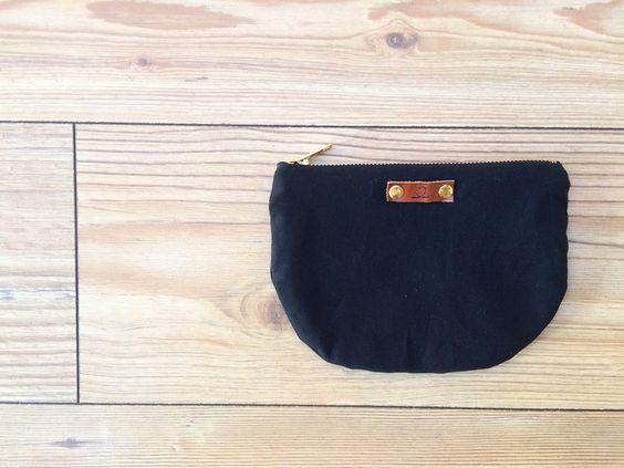 JONNA II Utensilien Tasche Black Edition  von LoNeJo  auf DaWanda.com