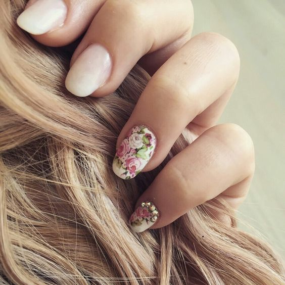 Spring# nails# flowers