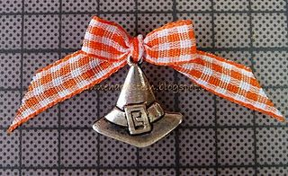 perfect ribbon with charm