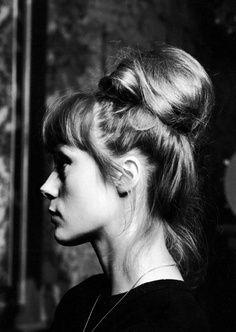Françoise Dorléac. Lovely bun.