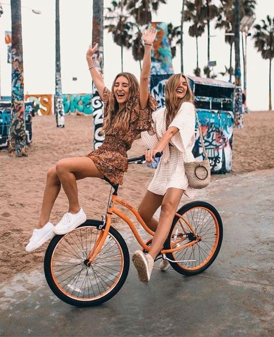 beach cruisers with you best friend