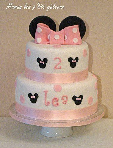 gâteau inspiration minnie rose pâle