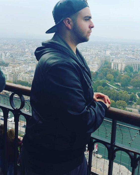 Top Of the Eiffel Tower......Amazing View #ModelFace #instahomo  by glennmatthews93