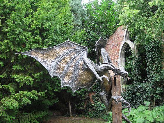 Metal Sculpture Of Dragon Dragones Pinterest Plantas Y Jard N Heavy Metal Y Metales
