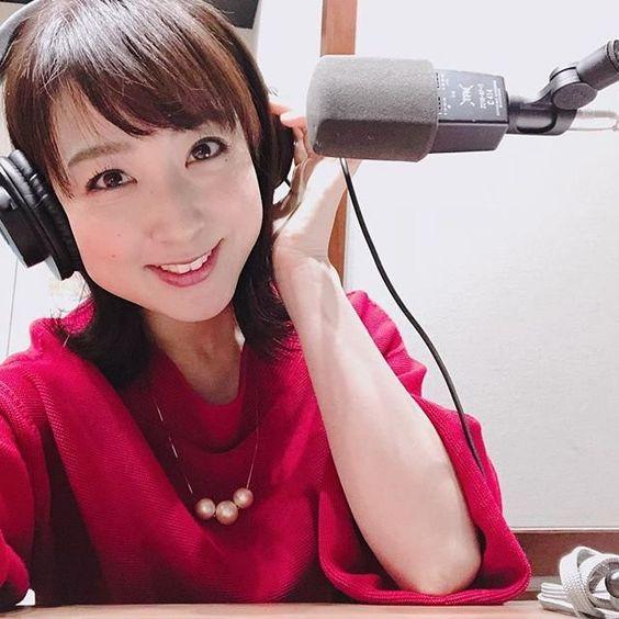 川田裕美アナウンサーのヘッドホン