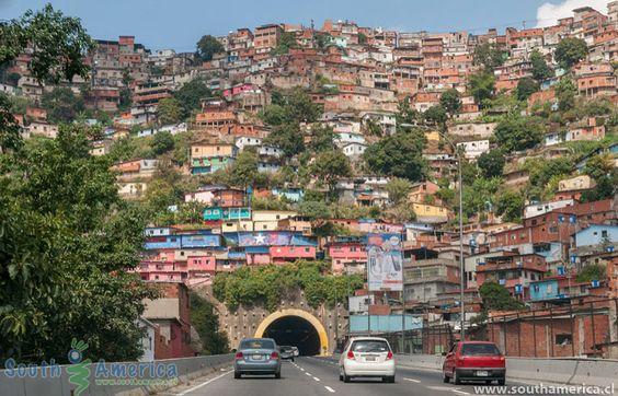 Cuando yo voy a la ciudad de Caracas Nosotros veo muchas casas