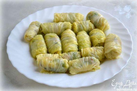 Голубцы из пекинской капусты (Napa cabbage) с начинкой из тушен грибочками и брокколи.