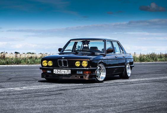 BMW 5 Series (E28) | Tuning
