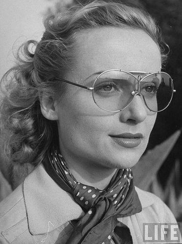 Carole Lombard  #vintage #sunglasses
