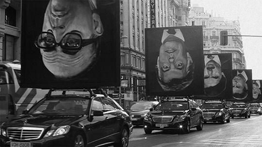 Joel Newman: Vienna Art Week 2015: Creating Common Good November 16–22, 2015  www.viennaartweek.at  Jorge Galindo & Santiago Sierra, Los Encargados (Those in Charge), 2012. © Jorge Galindo and Santiago Sierra.
