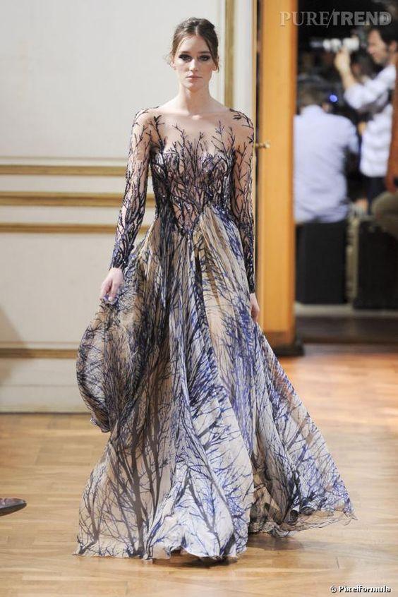 PHOTOS - Transparência luxuosa em vestido com bordado de galhos de Zuhair Murad Alta-Costura