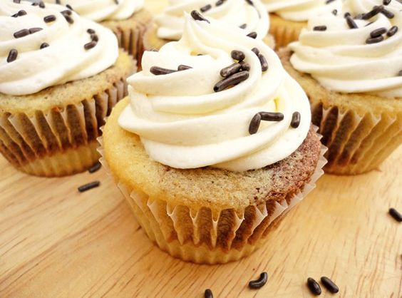 Marble Cupcakes with Vanilla Frosting