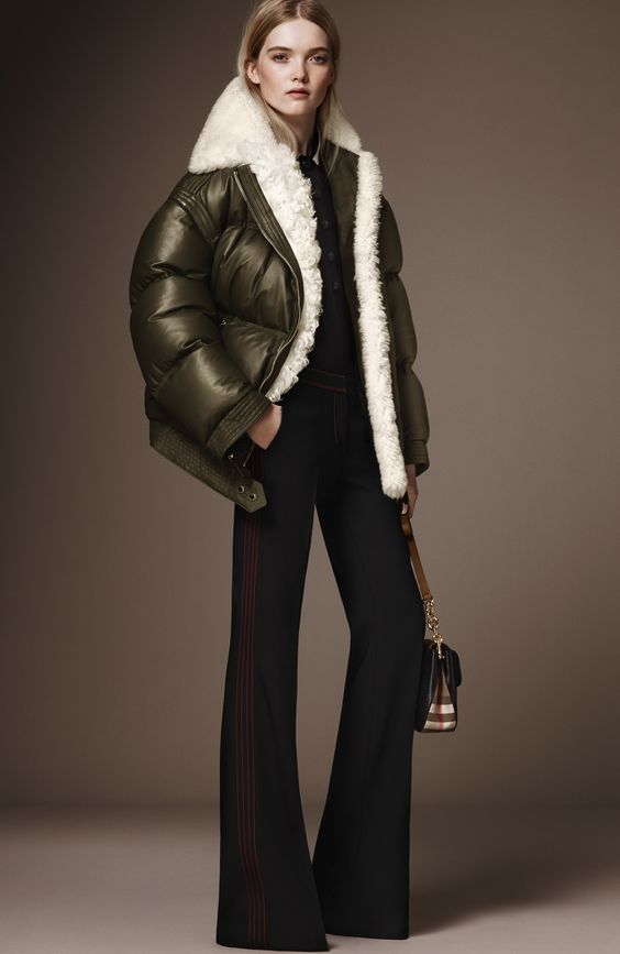 http://www.vogue.com/fashion-shows/pre-fall-2016/burberry-prorsum/slideshow/collection: