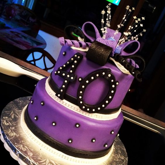 40th birthday cake - Cake by Nicolle Casanova