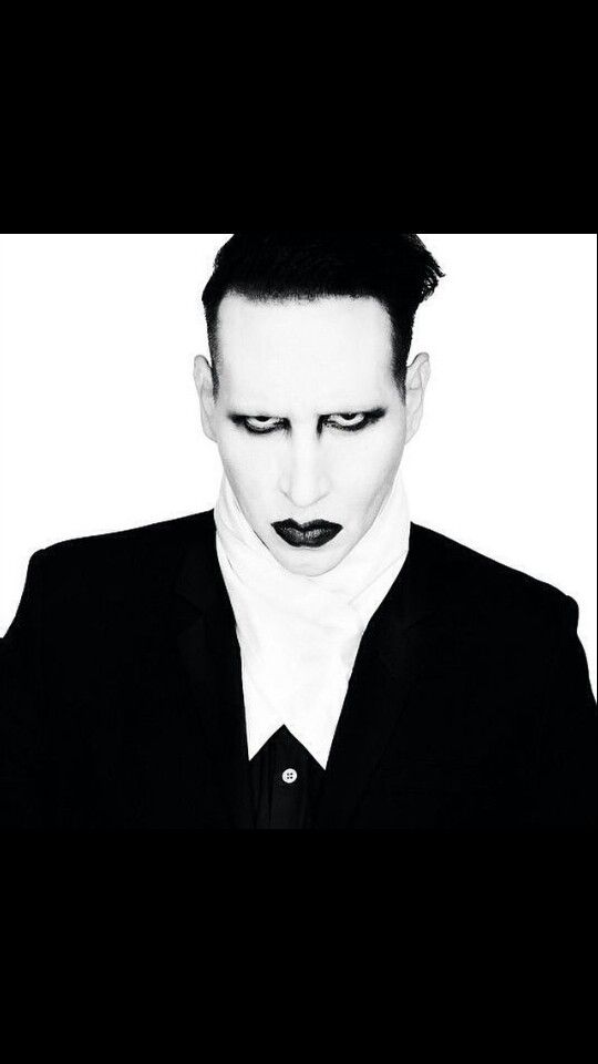 Marilyn manson~love this guy
