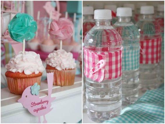 Cup Cakes y Botellas de Agua decoradas