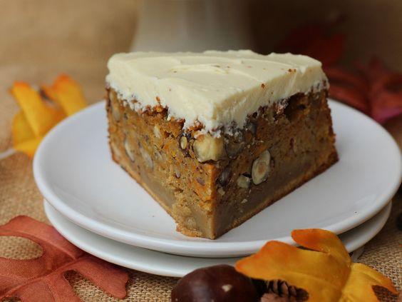 Découvrez la recette Carrot cake sur cuisineactuelle.fr.