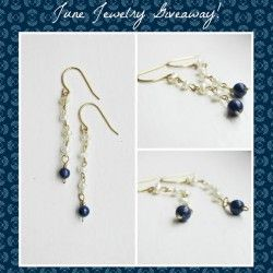 Win Handmade Pearl and Lapis #Earrings from Tesorilove ^_^ http://www.pintalabios.info/en/fashion_giveaways/view/en/2084 #International #Jewelry #bbloggers #Giveaway