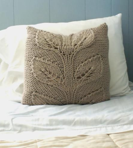 Knit Throw Pillow Cover Pattern : Falling Leaves Knit Pillow Cover Pillows, Poufs - Pol?ta?ky, poufs Pinterest Wool, Yarns ...