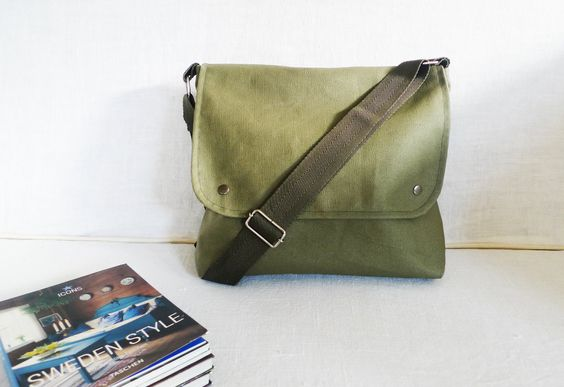Khaki Green Waxed Canvas Messenger bag Travel bag by ottobags, via Etsy. #lifeinstyle #greenwithenvy