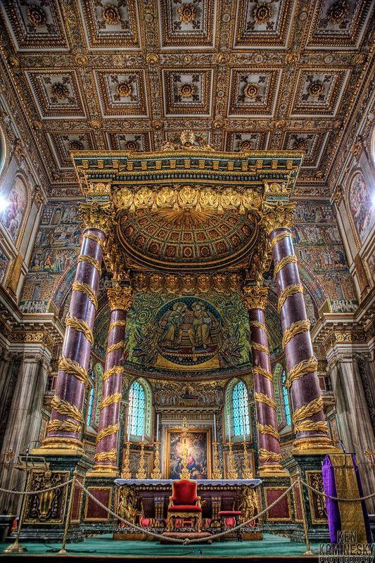 basílica papal de Santa María Mayor, una antigua basílica mariana católica romana de Roma.