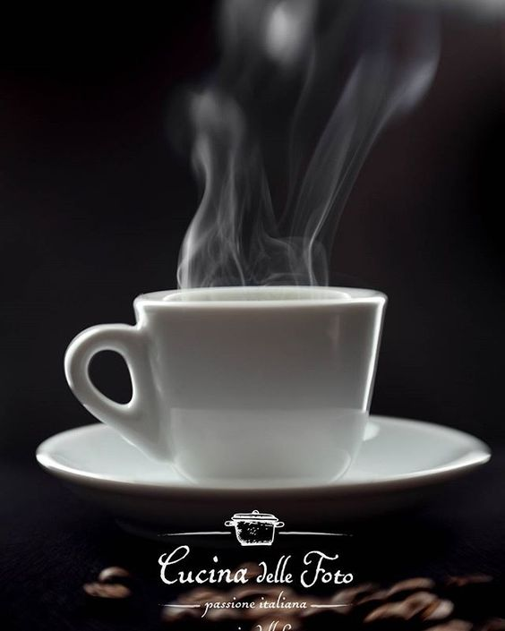It's a coffee time??? :-D  #foodphotography #caffe #food #cibo #pranzo #cena #igersveneto #picoftheday  #coffee #ifoodit #foodandwine #feedfeed #breakfast  #igersud #illy_coffee #tazzina #caffè #colazione #merenda #lefooding #torrefazione