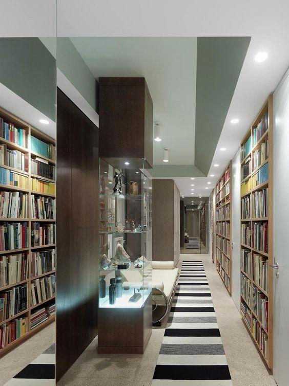 2011年Ippolito Fleitz group工作室建築師為一對住在德國斯圖加特的老年夫婦設計創造了這個公寓