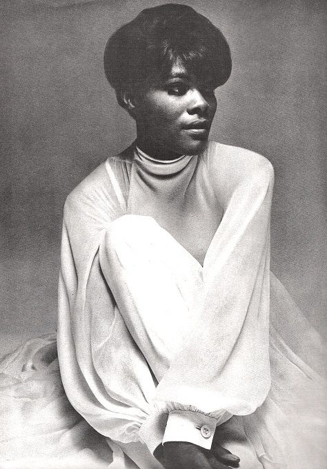 Vogue US June 1968  Dionne Warwick by Bert Stern