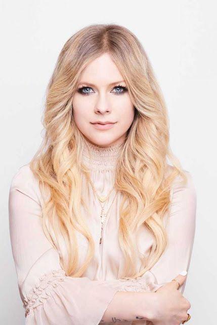 Avril Lavigne In Cosmopolitan Magazine Japan July 2019 Celebs Of World Avril Lavigne Avril Lavigne Photos Avril Lavingne