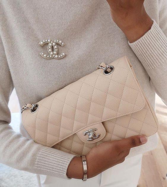 κλασσική τσάντα