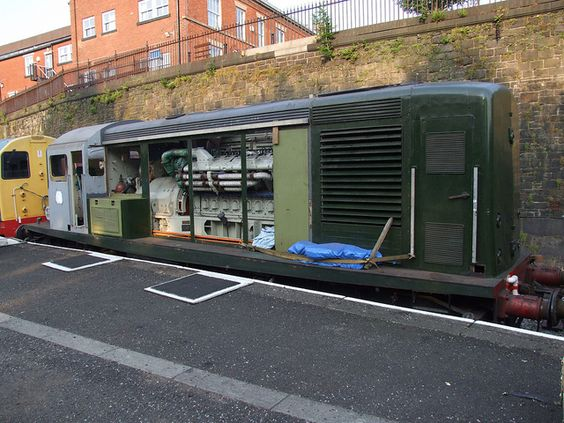BR Class 15 D8233 at Bury Bolton Street (05/07/2013) | Flickr - Photo Sharing!