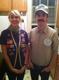 Leslie Knope and Ron Swanson Halloween costume. Are you kidding me.