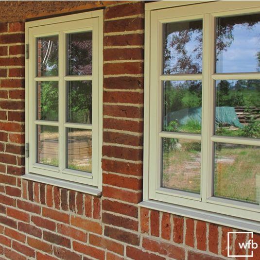 Danische Sprossenfenster Fur Ein Traditionelles Bauernhaus Sprossenfenster Hauser Klinker Haus