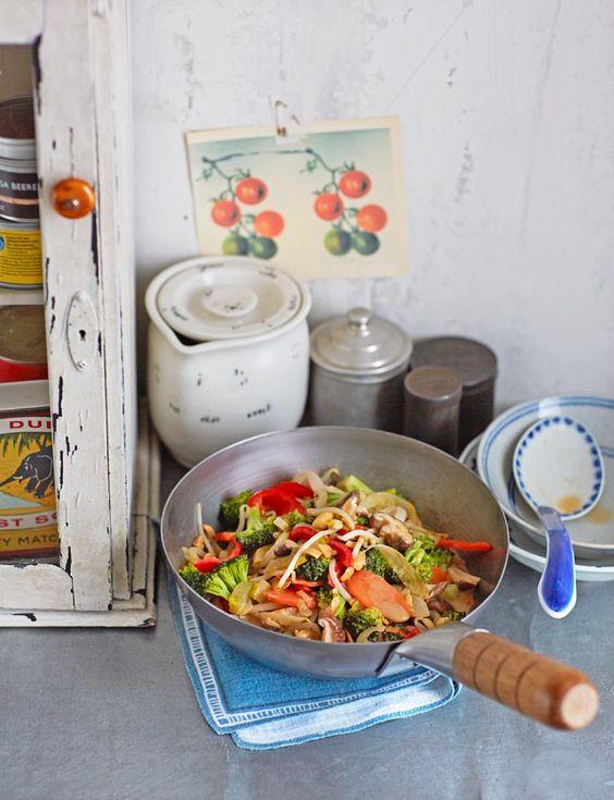 Gemüsecurry mit Kokosmilch - smarter - Zeit: 25 Min. | eatsmarter.de