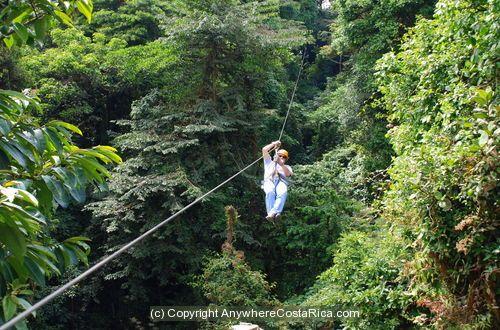 Costa Rica Canapé Tour thru rainforest
