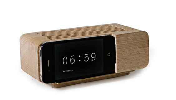 How cool is this iphone clock?!!! (Featured on Jasmine Star's blog)