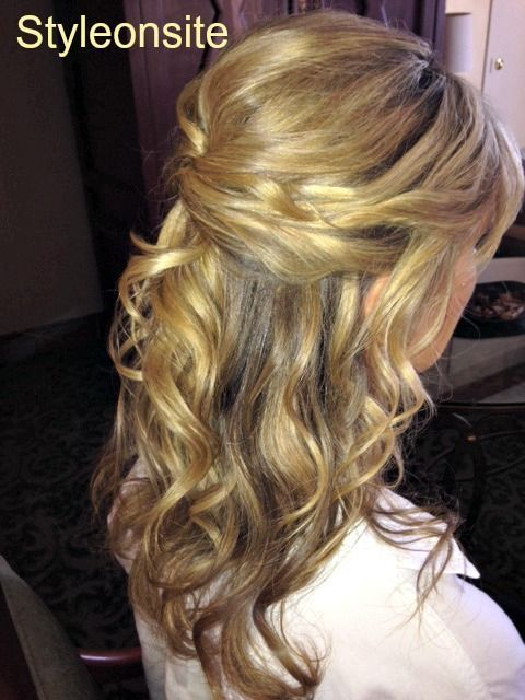 Image Result For Mother Of The Bride Hairstyles Half Up Medium Length Mother Of The Bride Hair Mother Of The Groom Hairstyles Mom Hairstyles